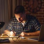英語学習初心者が英語学習を独学で進めるデメリットとは?