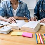英会話スクールで学ぶなら通学?それともオンライン?英会話スクールの種類・特徴まとめ